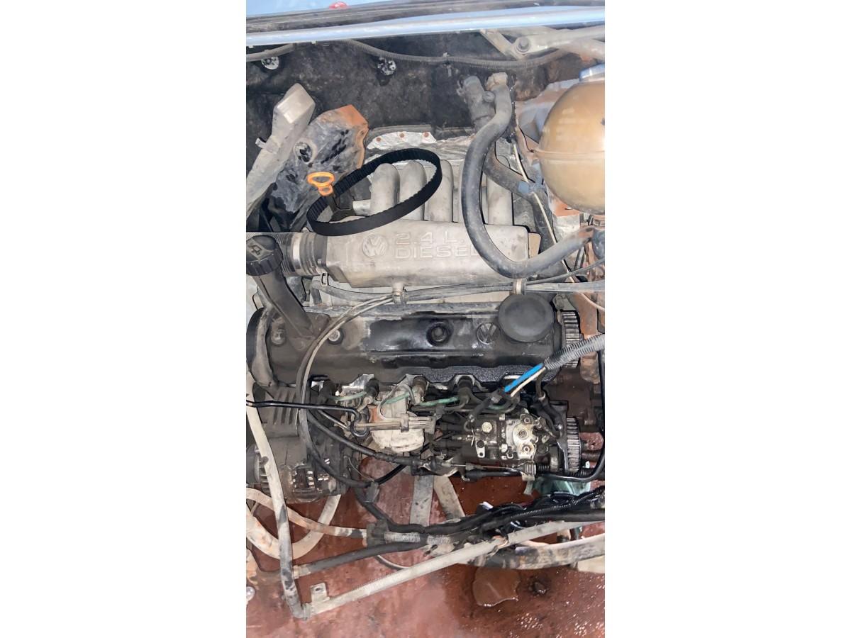 Transporter t4 2.4 çıkma motor