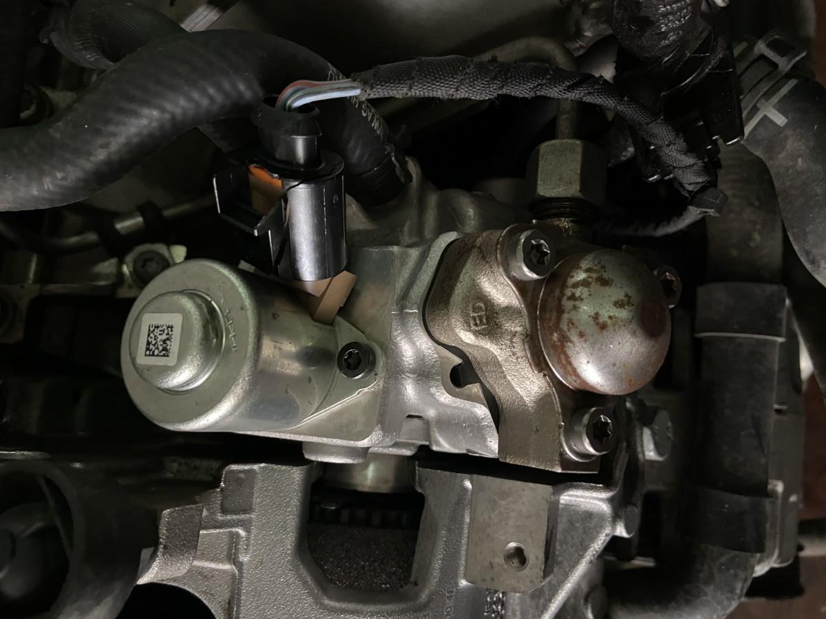 Volkswagen, Audi, Seat, Skoda 2013 Sonrası 1.6 TDI Motor Mazot Pompası - 04B 130 755 H ( ORJİNAL)